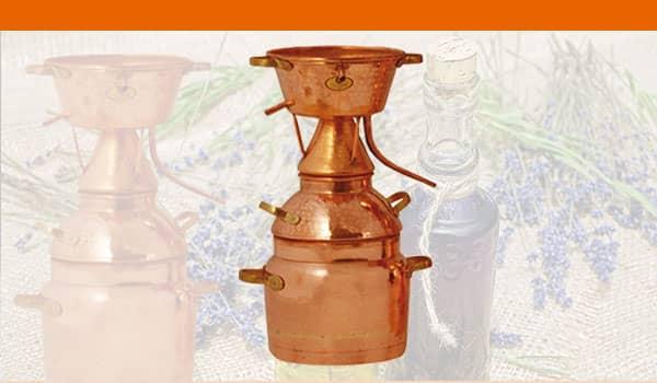 Aetherische-Oele-Destiller