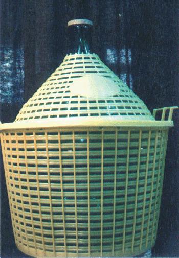 Glasballon mit Kunststoffkorb 25 l